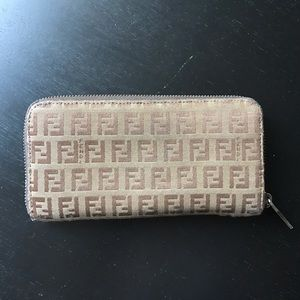 Auth.FENDI Zucca Pattern Canvas Zip Around Wallet